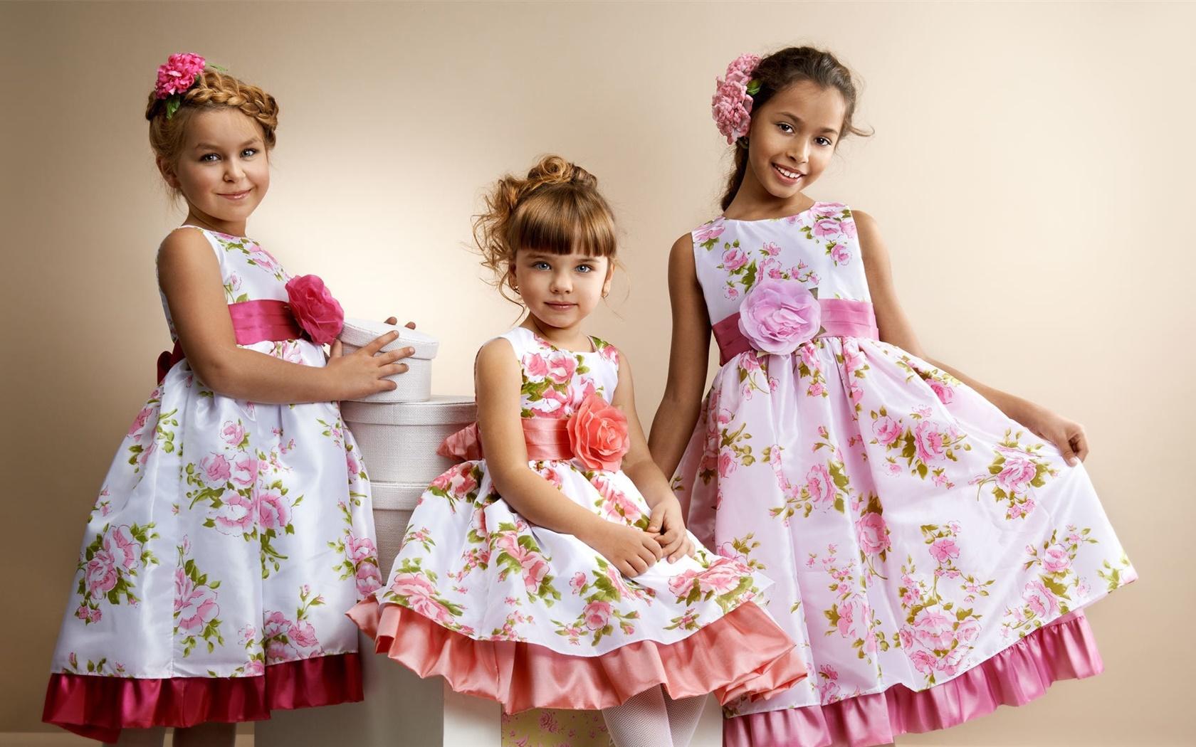 Фото праздничных платьев для маленькой девочки 5
