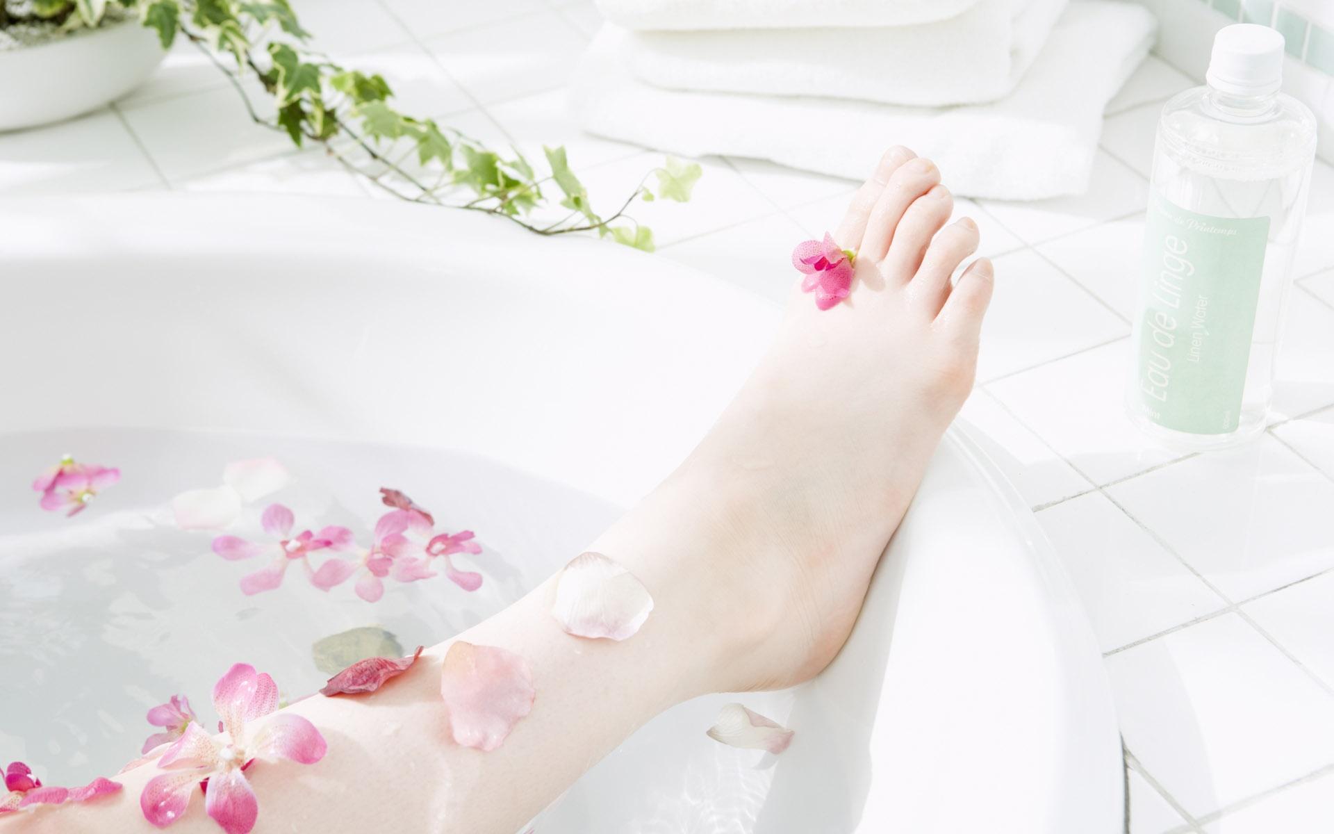 Фото ноги девушек в ванной, Девушки фоткают себя в ванной Часть 5 (52 фото) 7 фотография
